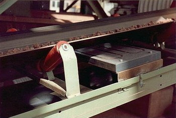 Detectoare metale tip singular
